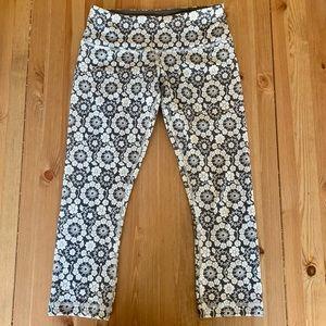 Lulemon floral crop tights - never worn